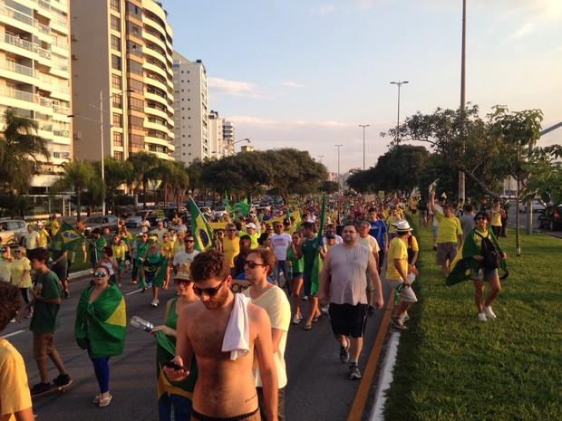Protesto em Florianópolis reuniu 18 mil pessoas, segundo a PM (Foto: Antonio Neto/Divulgação)