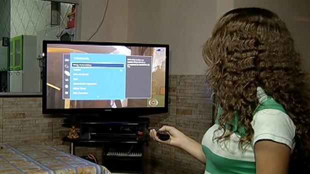 Reportagem mostra como sintonizar gratuitamente sinal digital da Inter TV - capa grande (Foto: Reprodução / Inter TV Grande Minas)