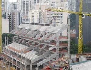 """Arquibancadas da antiga """"Turma do Amendoim"""" já ganham forma, Arena Palestra (Foto: Diego Ribeiro / Globoesporte.com)"""