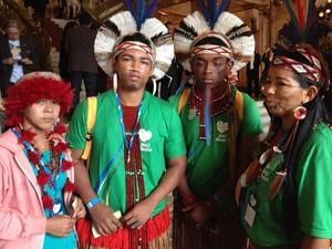 Índio tem que colocar roupa no Municipal (Foto: Mariucha Machado/G1)