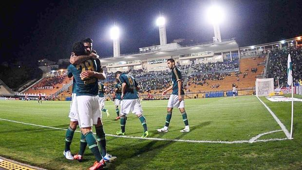 Comemoração Palmeiras contra o Atlético-PR (Foto: Marcos Ribolli)