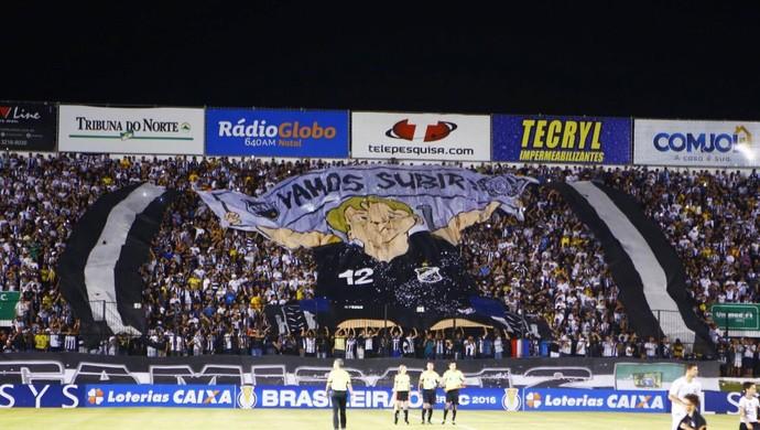 Torcida do ABC no ABC x Botafogo-SP, Estádio Frasqueirão (Foto: Alexandre Lago/GloboEsporte.com)