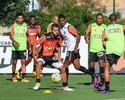 Com chance de ultrapassar rival, Galo encara o Coritiba, no Couto Pereira