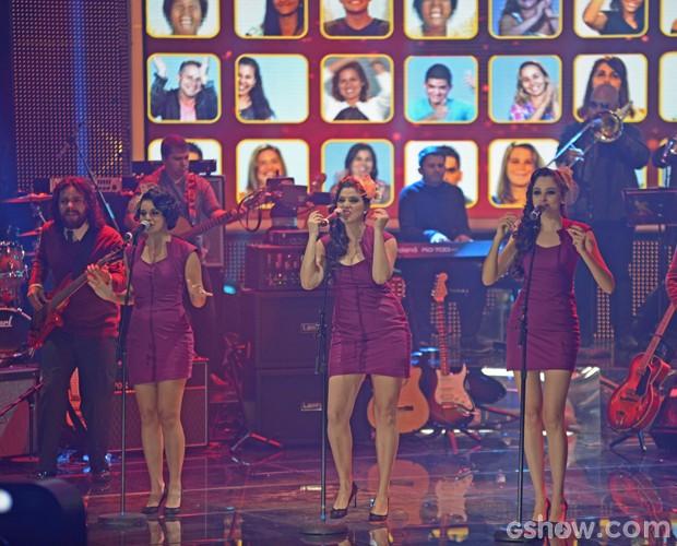 Cluster Sisters interpreta 'Hit teh Road Jack' (Foto: Camila Serejo / TV Globo)