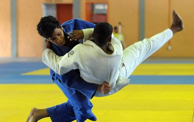 Judô realizado nos Jogos Escolares Maranhenses (JEMs) (Foto: Biaman Prado/Sedel)