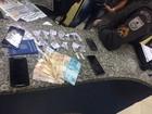 Jovem é detido suspeito de tráfico de drogas em Petrópolis, no RJ