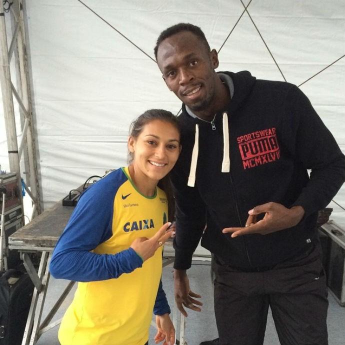 Ana Cláudia Lemos e Bolt Desafio Bolt contra o tempo (Foto: Reprodução Instagram)