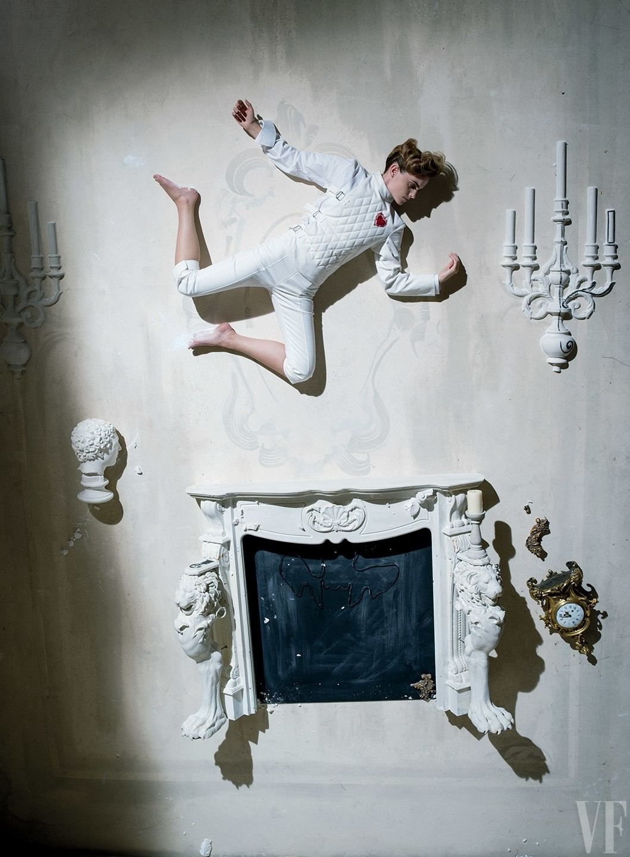 Emma Watson, de Dior (Foto: Reprodução/Vanity Fair)