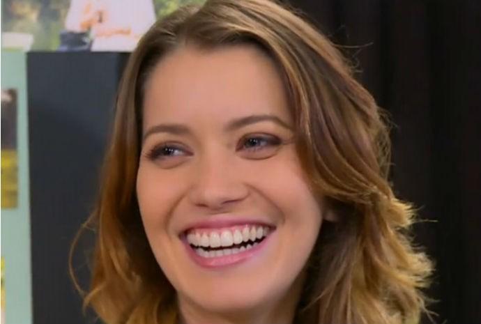 Nathalia Dill fala do make de Laura, protagonista de Alto Astral  (Foto: Vídeo Show/TVGlobo)
