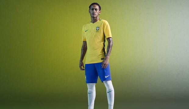0b5d03c3b3634 CBF mantém cores tradicionais nos novos uniformes da seleção ...