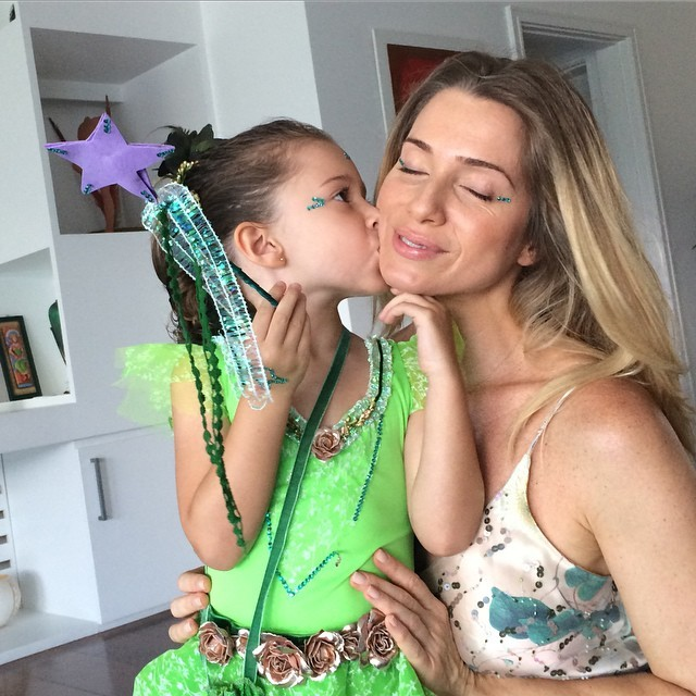 Estar disponível para os filhos é o conselho da atriz para outras mães (Foto: Arquivo pessoal/ Letícia Spiller)