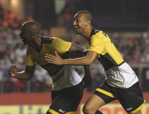 Rodrigo Souza gol Gualberto Criciúma (Foto: Fernando Ribeiro / Criciúma EC)