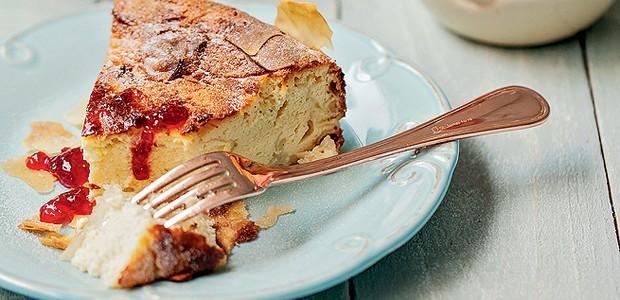 Torta de ricota e framboesa (Foto: Elisa Correa/ Editora Globo)