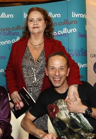 Sylvia Vieira, mãe de Rafael Ilha, em lançamento de livro em São Paulo (Foto: Celso Tavares/ EGO)