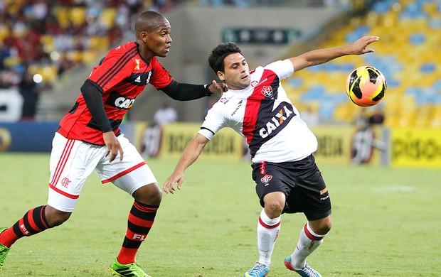 Maxi Bianucchi jogo Flamengo e Vitória (Foto: Ivo Gonzalez / Agencia O Globo)