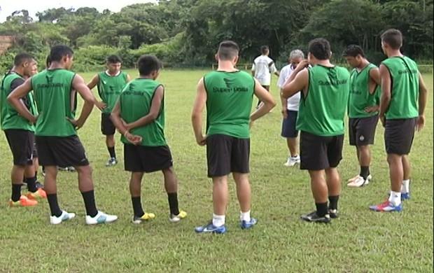 A seleção do oeste apresentou seus jogadores e realizou treinos no campo do Planalto. Apesar do pouco tempo de preparação, seleção prentede dar trabalho ao Leão santareno (Foto: Reprodução/TV Tapajós)