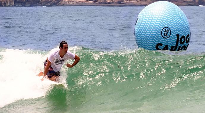 EuAtleta Henrique SURF adaptado_690 4 (Foto: Eu Atleta | Arte | fotos: arquivo pessoal)