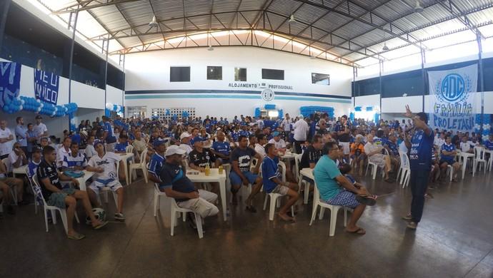 Confiança, apresentação (Foto: Osmar Rios / GloboEsporte.com)