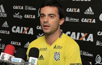 """Recuperado, Juliano lamenta situação do Figueira no ano: """"Envergonhado"""""""