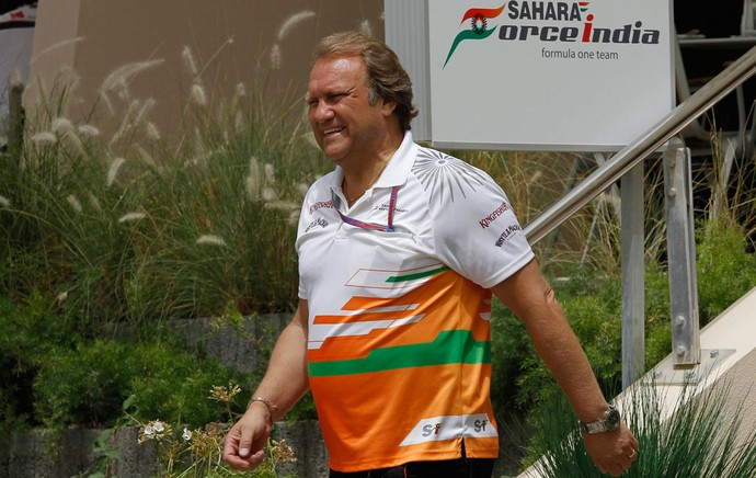 Bob fernley diretor da Force India gp do Bahrein (Foto: Agência Reuters)
