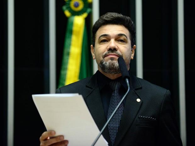 16/04 - Deputado Marco Feliciano  (PSC/SP) discursa durante sessão de discussão do processo de impeachment da presidente Dilma Rousseff no plenário da Câmara, em Brasília (Foto: Nilson Bastian/Câmara dos Deputados)