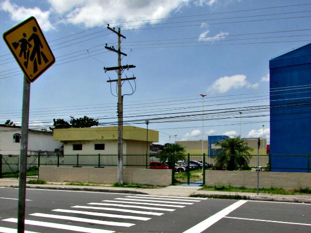 Novas placas estão sendo instaladas na área (Foto: Divulgação/Semcom)