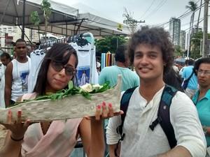 Estudante produziu barco de argila para preservar o meio ambeiente (Foto: Rafael Teles / G1)