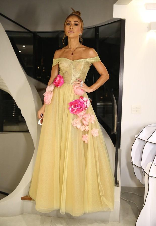 Sabrina Sato usou vestido inspirado em 'A Bela e a Fera' (Foto: Manuela Scarpa e Claudio Augusto/Brazil News)