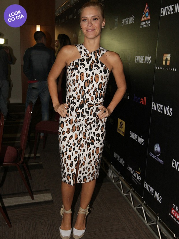 Look do dia - Carolina Dieckmann (Foto: Leo Franco / AgNews)