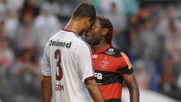vagner love gum flamengo x fluminense (Foto: Andr&#233; Dur&#227;o/Globoesporte.com)
