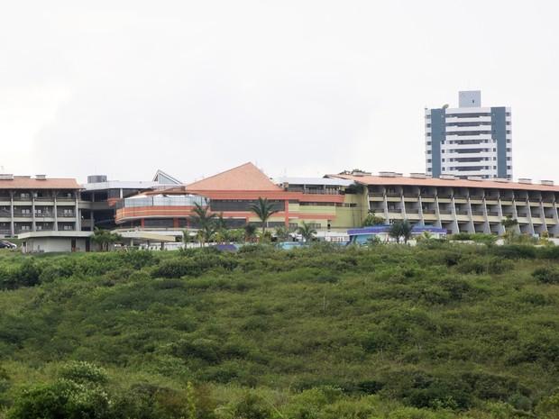 Varandas do hotel onde empresário chinês estava hospedado em Campina Grande (Foto: Leonardo Silva/Jornal da Paraíba)