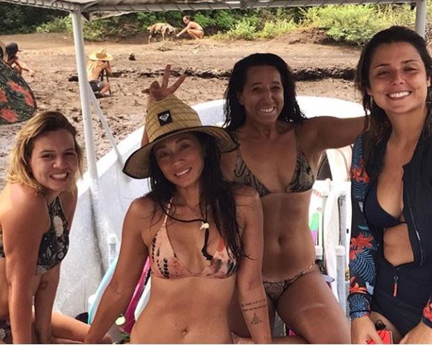 Dani Suzuki e amigas (Foto: Reprodução Instagram)