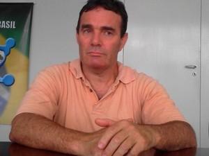 Belarmino João Francisco foi levado para Itajaí, onde reside (Foto: Jeferson Acevedo/RBS TV)