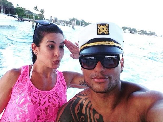Scheila Carvalho e Tony Salles em Miami, nos Estados Unidos (Foto: Instagram/ Reprodução)