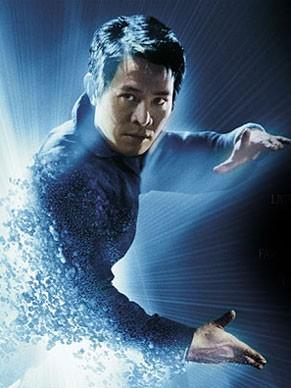 Jet Li é o ambicioso Gabriel Yulaw que quer destruir clones (Foto: Divulgação / Reprodução)