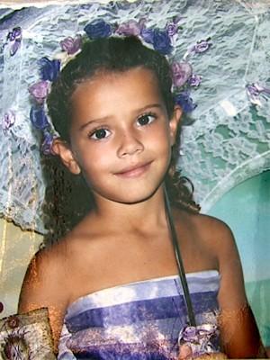 Menina foi encontrada morta em terreno (Foto: Reprodução/EPTV)