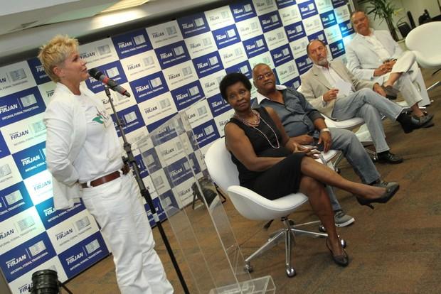 Xuxa em evento no Rio (Foto: Anderson Borde / AgNews)