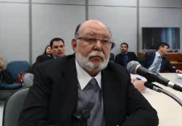 O ex-presidente da empreiteira OAS, Léo Pinheiro, em depoimento ao juiz Sérgio Moro (Foto: Reprodução/TV Globo)