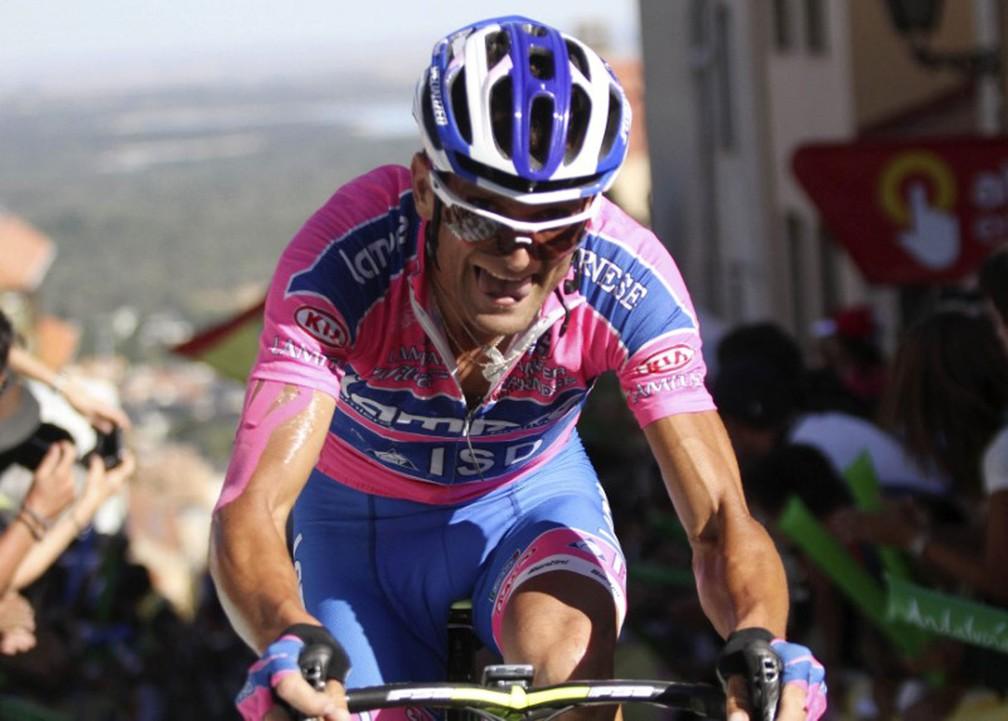 Ciclista campeão da Volta da Itália morre atropelado
