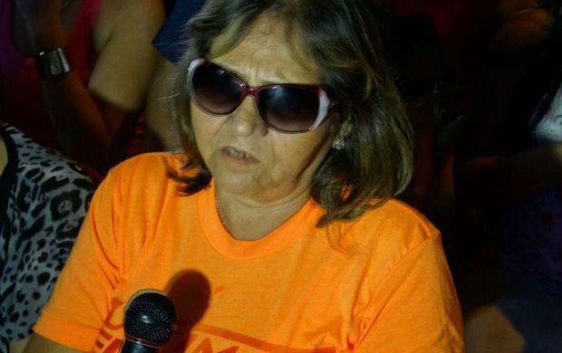 Apesar da derrota, mãe de Dileno Lopes acredita no futuro do filho no UFC (Foto: Onofre Martins/Rede Amazônica)