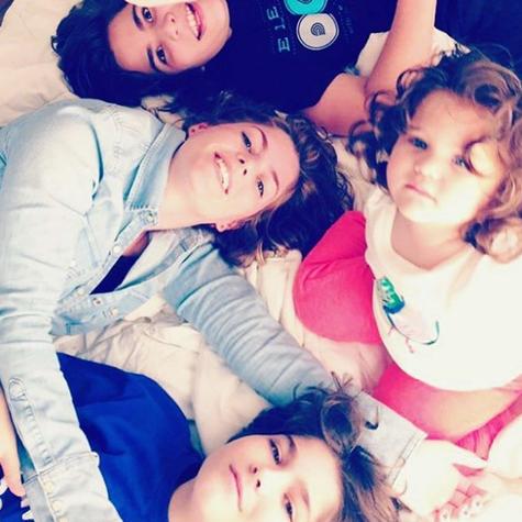 Ana Paula Tabalipa com os filhos (Foto: Reprodução)