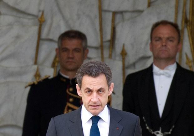 O presidente da França, Nicolas Sarkozy, durante cerimônia no Palácio do Eliseu nesta segunda-feira (7) (Foto: AFP)