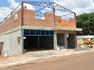 Futura sede da prefeitura de Paraíso das Águas MS (Foto: Fernando da Mata/G1 MS)