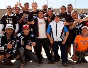 torcedores do corinthians prisão de San Pedro Oruro (Foto: Agência Reuters)