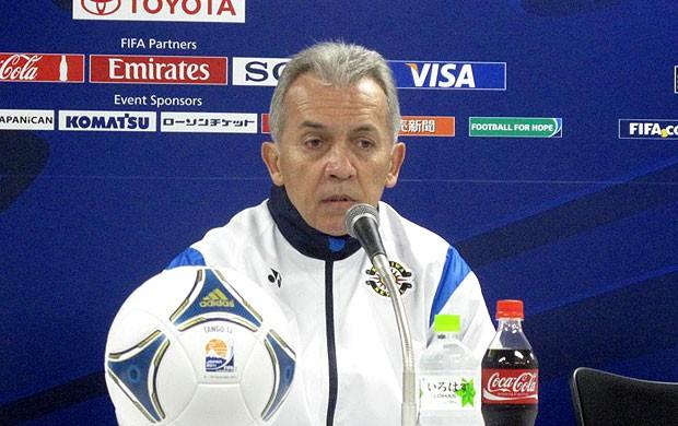 Nelsinho Baptista, técnico do Kashiwa Reysol, em coletiva no Mundial (Foto: Thiago Dias / Globoesporte.com)