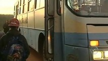Alunos reclamam de transporte escolar (Reproduo TV TEM)