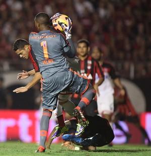Felipe Flamengo x Atlético-PR (Foto: Giulianos Gomes / Ag. Estado)