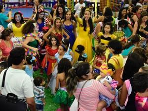 Bailinho infantil de carnaval ocorre no Shopping Itaigara  (Foto: Divulgação)