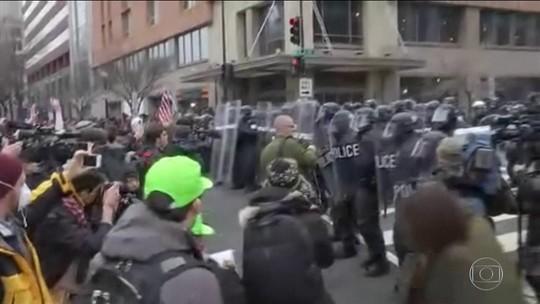 Quase cem pessoas são presas em protestos na posse de Trump