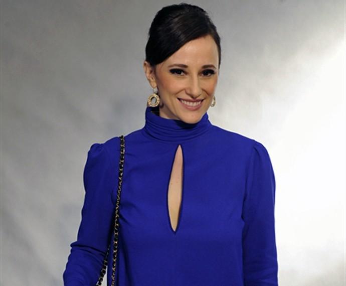Paula Braun posa toda estilosa (Foto: Estevam Avelar/TV Globo)